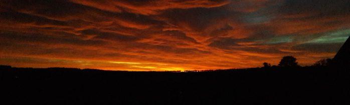 cropped-october-sunset-over-briantspuddle.jpg